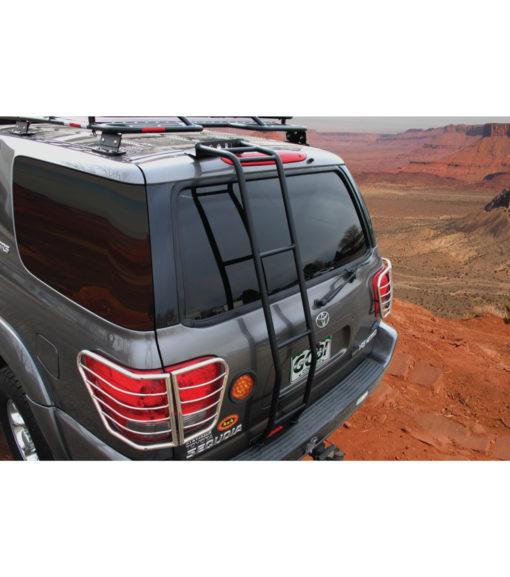 Toyota Sequoia (01-07) Stealth Roof Rack Multi-Light Setup With Sunroof